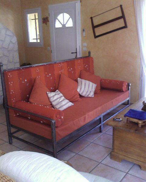 mobilier en fer forg aix marseille ferronnerie pour garde corps et portail gignac la nerthe. Black Bedroom Furniture Sets. Home Design Ideas