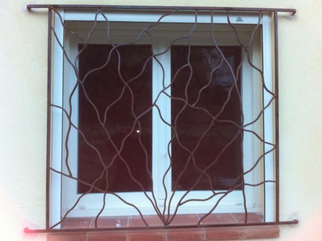 grille de protection en fer forg bouc bel air ferronnerie pour garde corps et portail. Black Bedroom Furniture Sets. Home Design Ideas