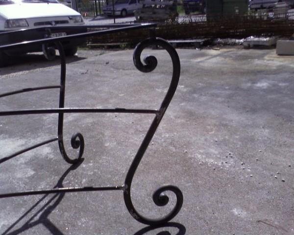 Table de jardin en fer forg marseille carry le rouet ferronnerie pour garde corps et portail - Table jardin beton marseille ...